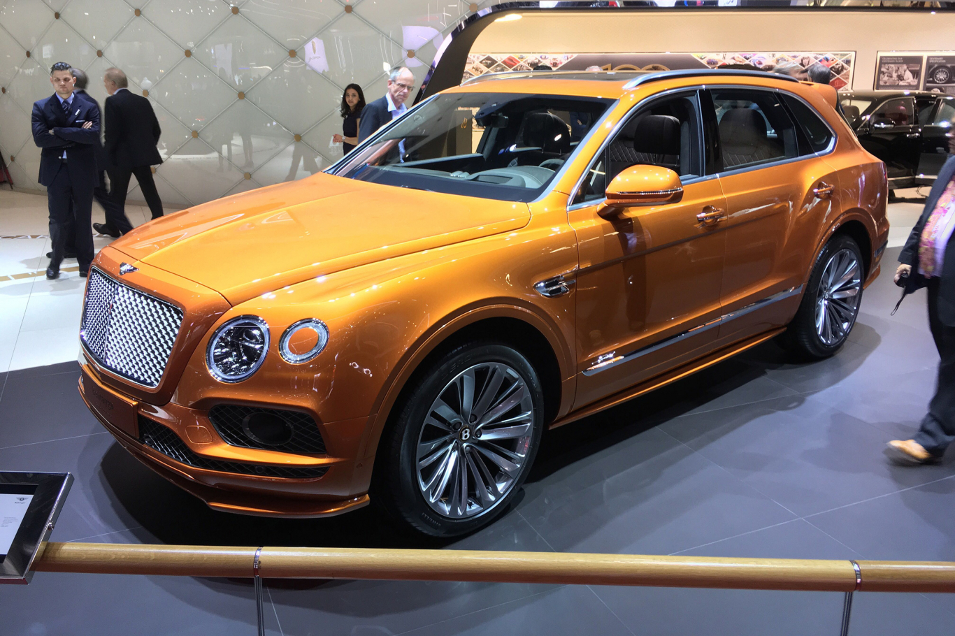 Xe Bentley Bentayga Speed