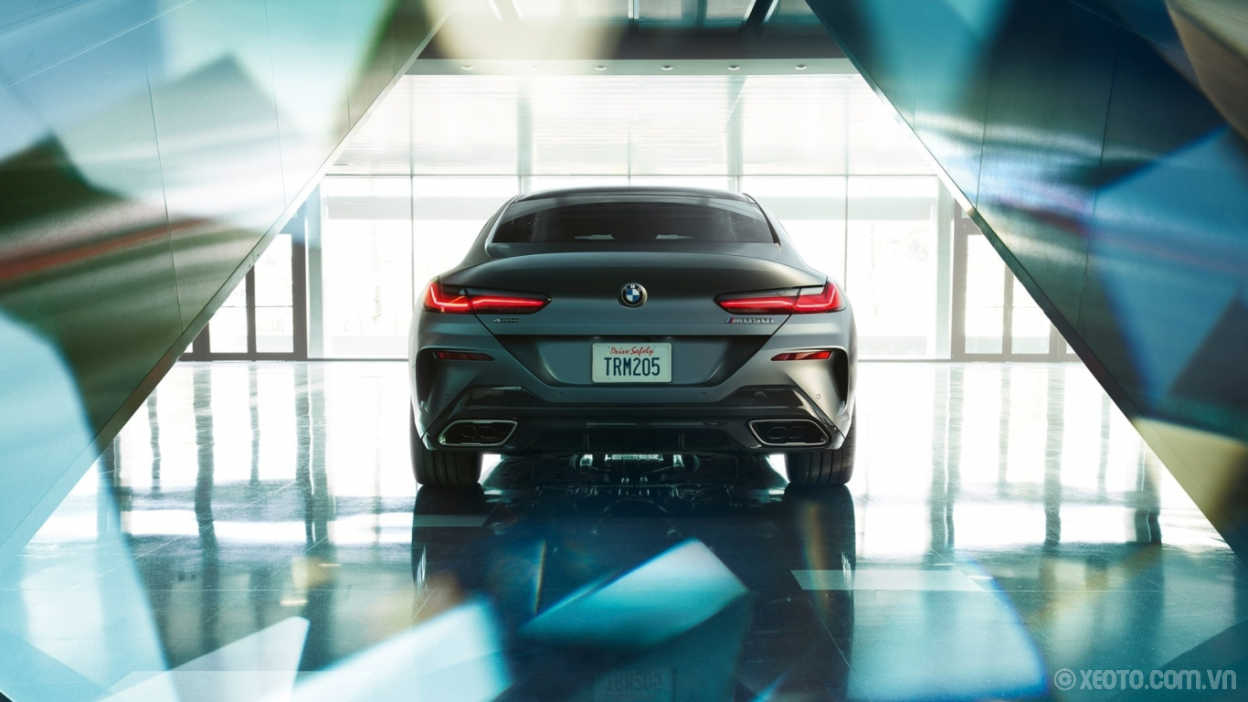 BMW 840i 2021 hình ảnh ngoại thất The BMW 8 Series Gran Coupe features a striking design complete with slim, tailored LED taillights.