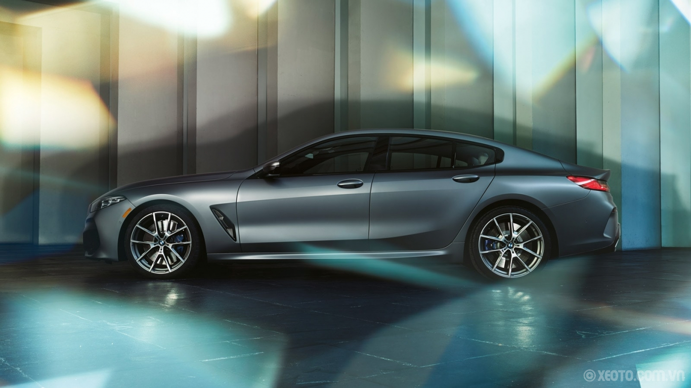 BMW 840i 2021 hình ảnh ngoại thất The chiseled, aggressive lines of the BMW 8 Series Gran Coupe create a powerful presence.