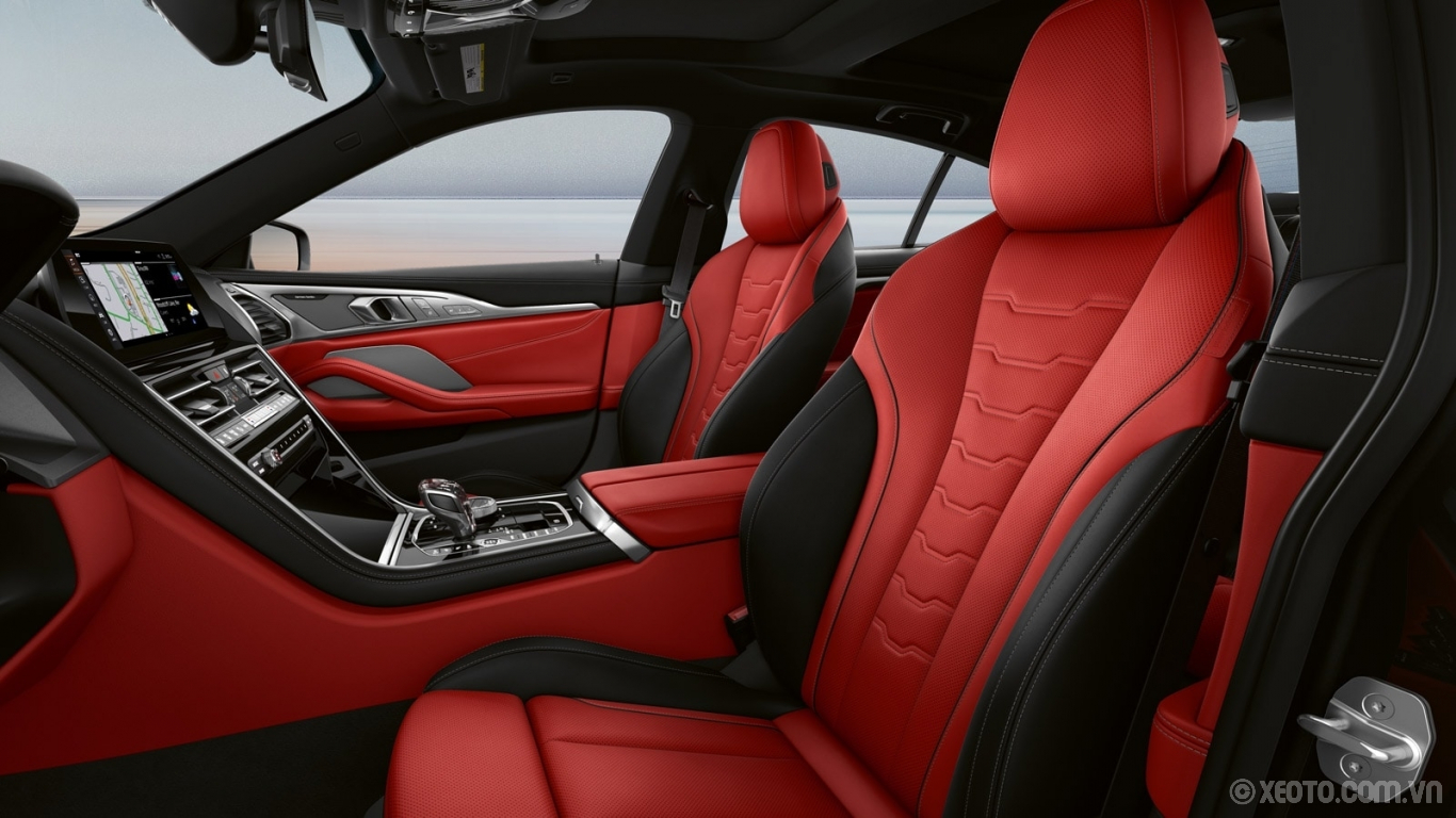 BMW 840i 2021 hình ảnh nội thất The BMW Individual Fiona Red/Black Extended Merino leather seats of the BMW 8 Series Gran Coupe.