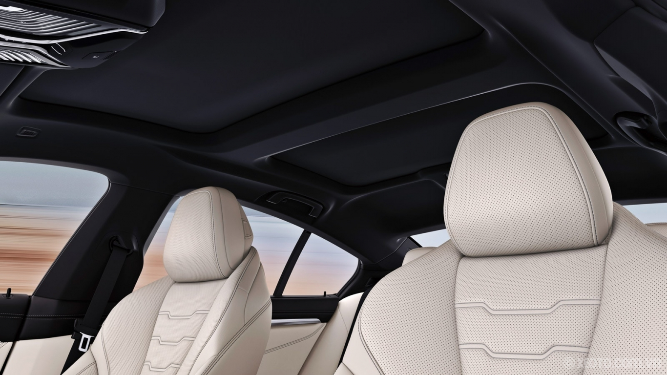 BMW 840i 2021 hình ảnh nội thất The BMW M850i xDrive Gran Coupe's standard Panoramic Moonroof and standard Anthracite headliner enhance the exclusivity and luxurious feel of every drive.