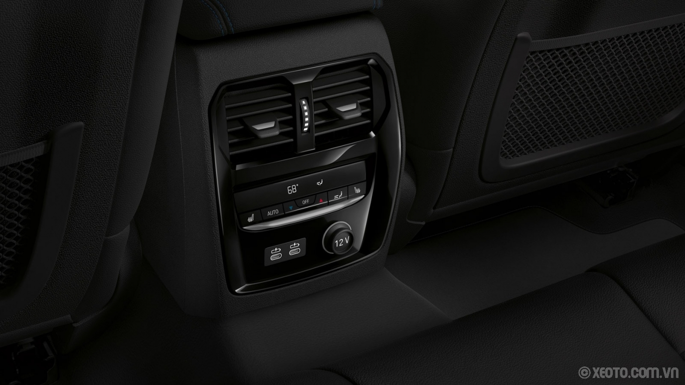 BMW M3 2020 hình ảnh nội thất Standard 3-zone climate control in the BMW 3 Series offers constant comfort for every passenger.