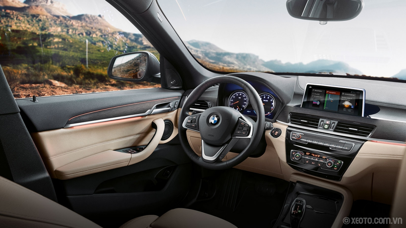 BMW X1 2020 hình ảnh nội thất Experience a cockpit for the cutting-edge driver with technology such as the renowned iDrive system and the expressive Ambient Lighting.