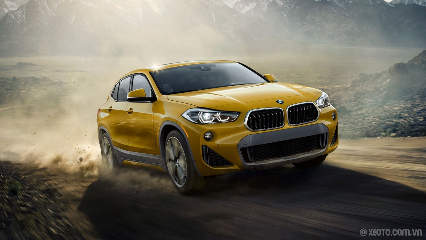 BMW X2 2020 hình ảnh ngoại thất The BMW X2 makes an impression wherever it goes – on road or off.