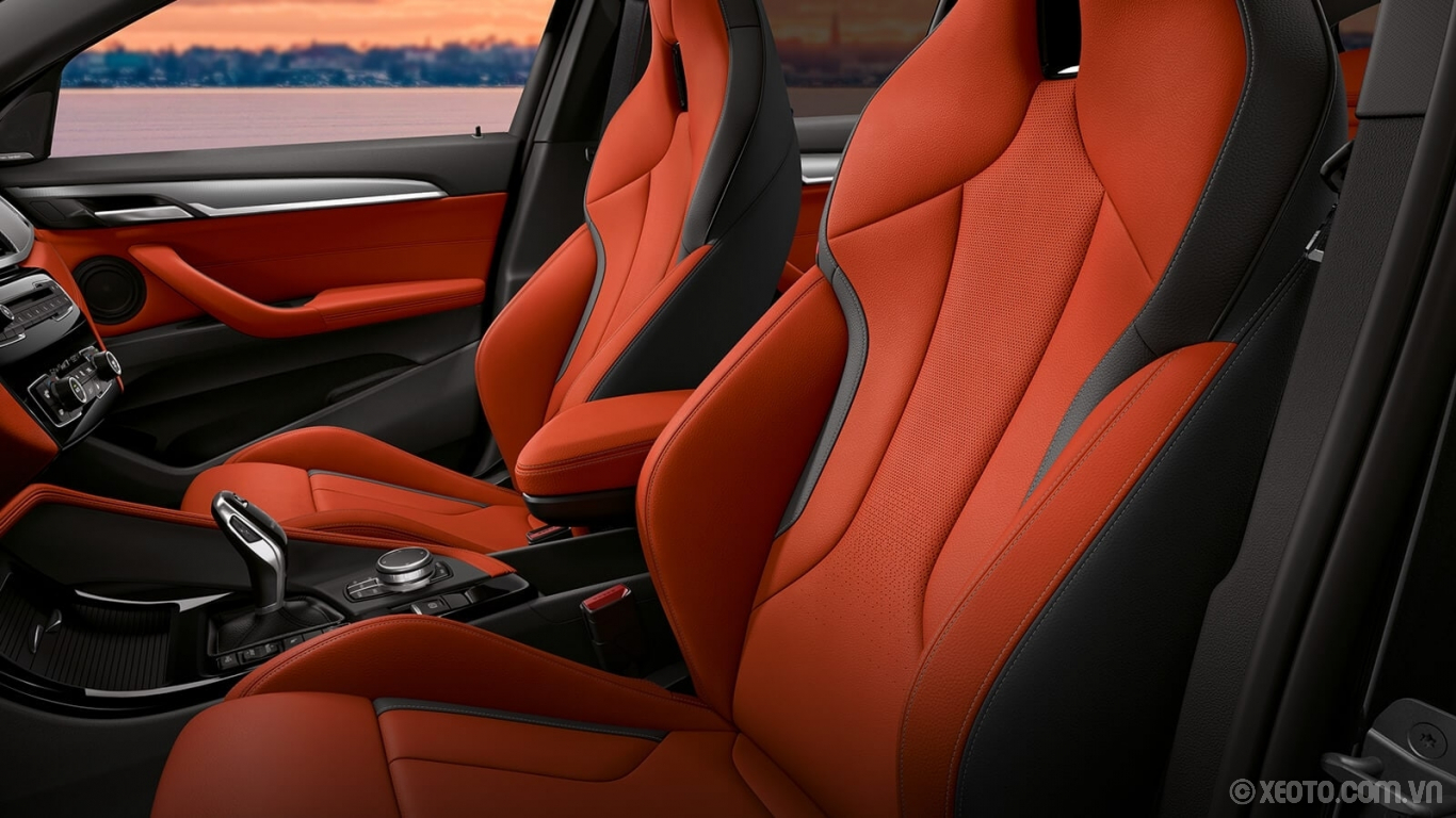 BMW X2 2020 hình ảnh nội thất Optional M Sport Seats in exclusive Magma Red Dakota Leather provide support, comfort, and a mark of distinction to the BMW X2.