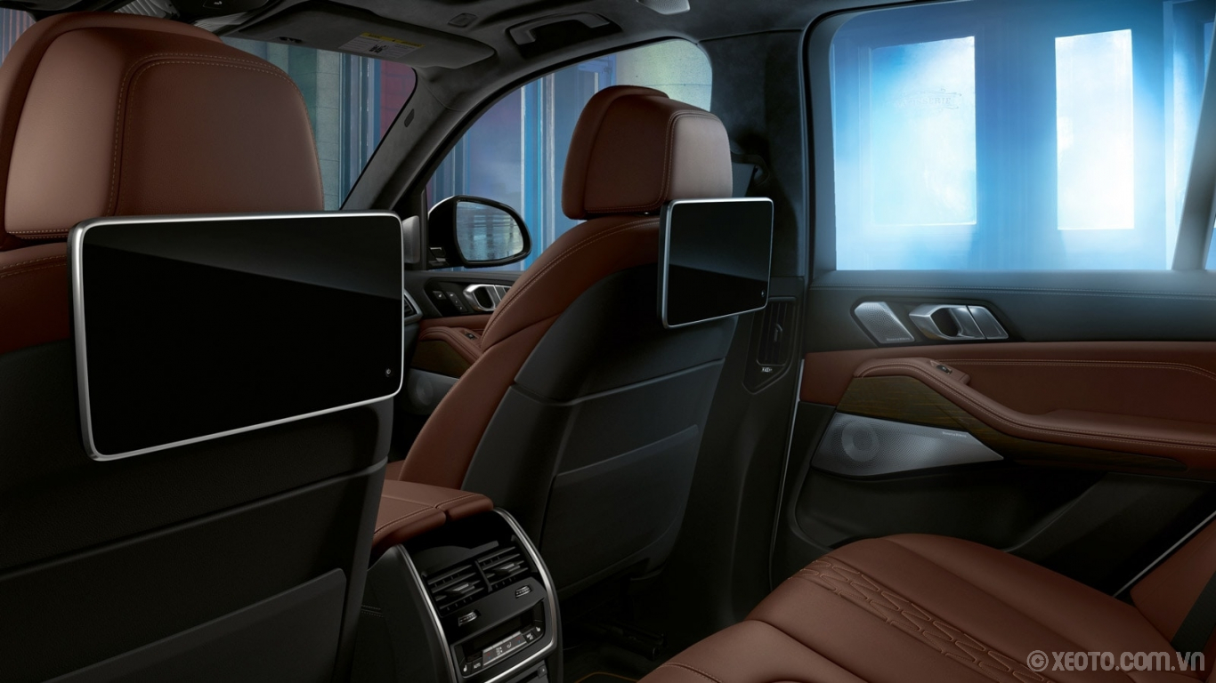 BMW X5 2020 hình ảnh nội thất The available Rear-Seat Entertainment system creates a cinematic experience with high-resolution displays sleek styling.