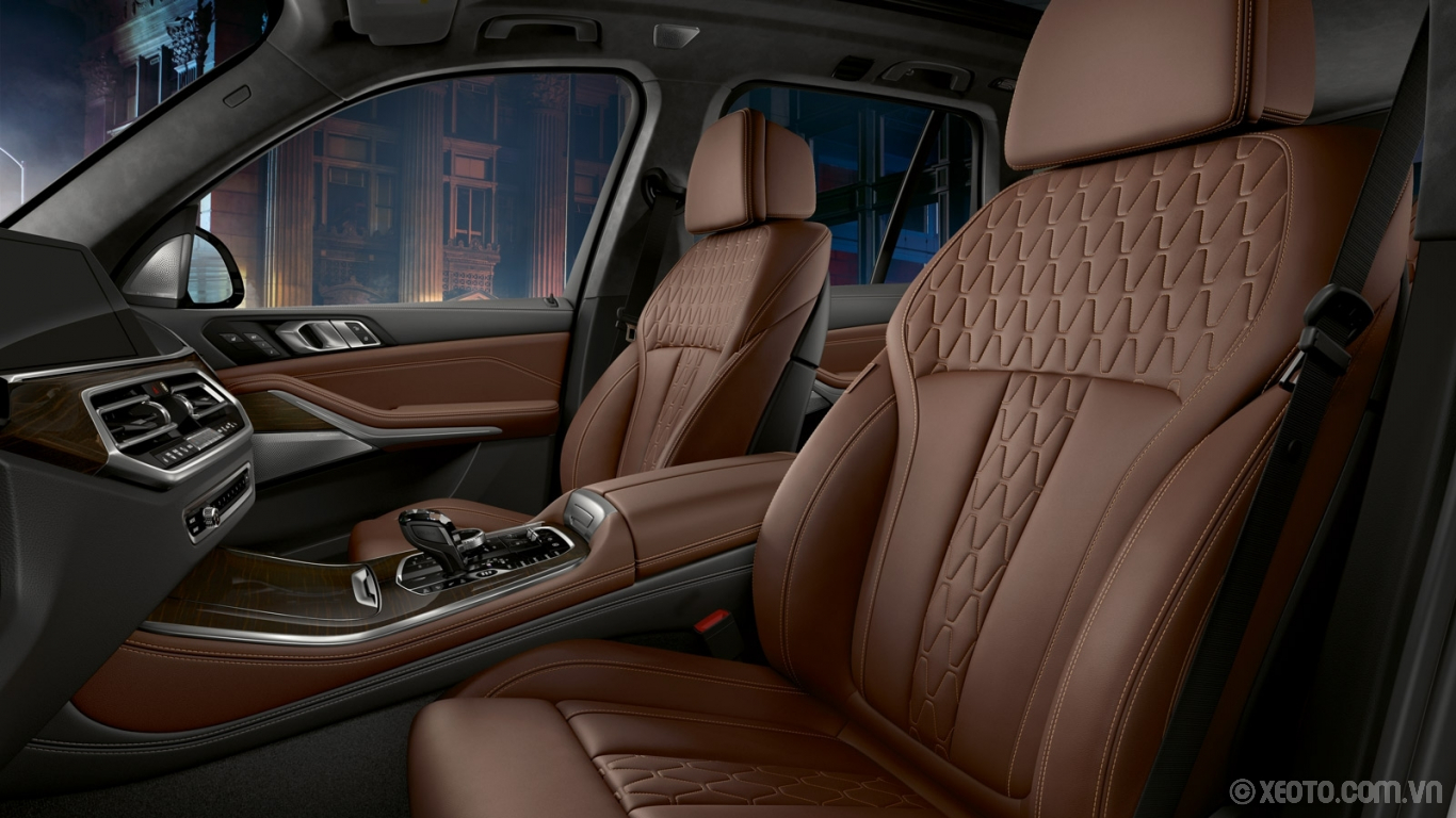 BMW X5 2020 hình ảnh nội thất There's more than enough room for individuality in the BMW X5 – with available BMW Individual fine-grain Merino leather upholstery.