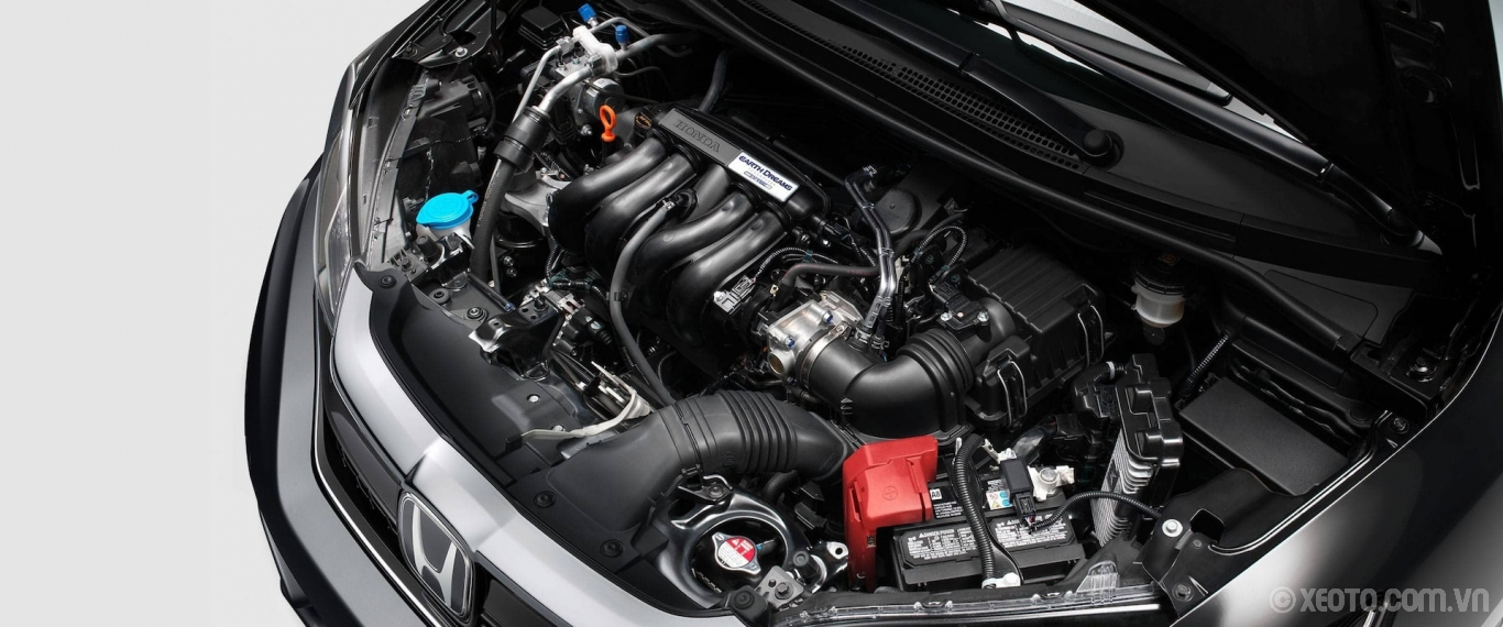 Honda Fit 2020 hình ảnh ngoại thất Overhead view of the EarthDreams® engine in the 2020 Honda Fit EX-L. - Opens a dialog